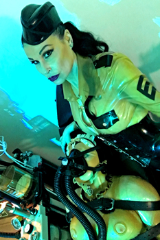 dr-deviant-medical-mistress4