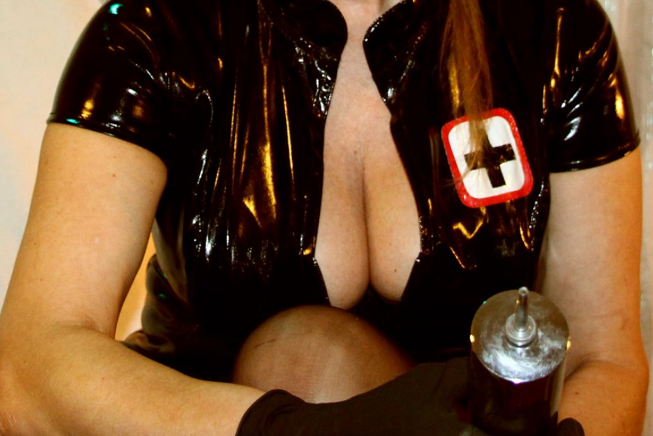 London-Medical-Mistress-Domatella