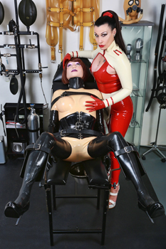 dr-deviant-medical-mistress2